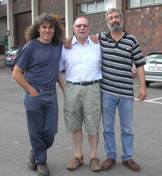 El equipo de anillamiento de gaviotas: César, Isolino y Xuanín, 05.08.11