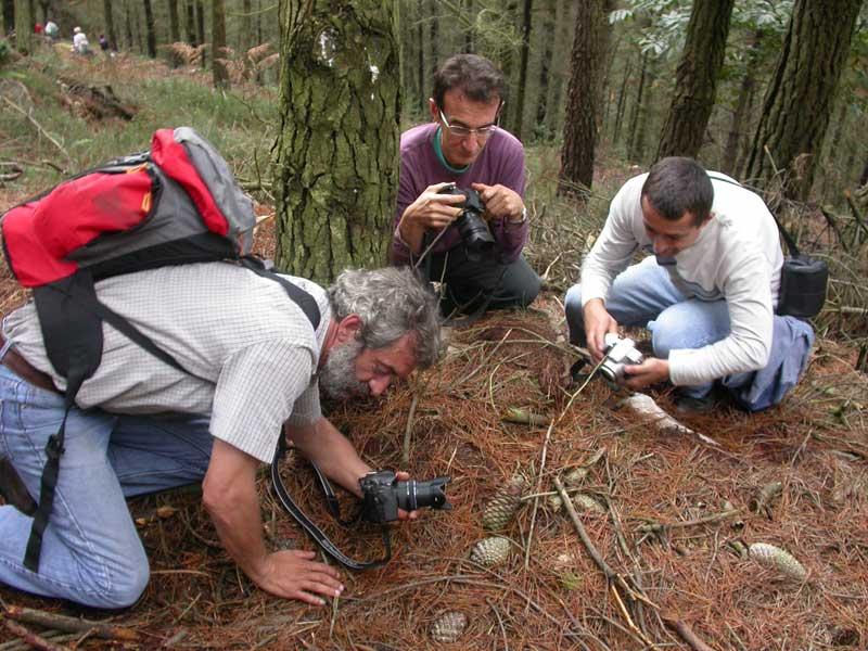 Fotografiando durante excursión en Candamo, 24.09.11